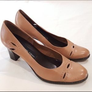 Etienne Aigner beautiful heels